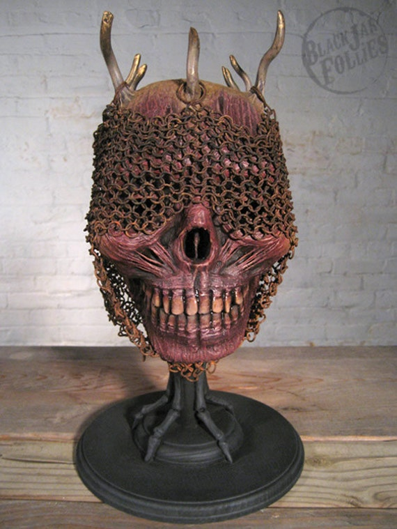Dead Heads: The Grinning King