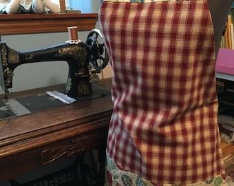 Butcher Apron in Pear Print