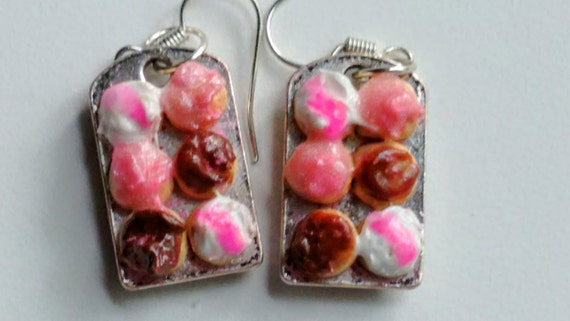 Tray of Cupcakes Earrings - Miniature Food Jewelry - Inedible Jewelry - Cupcake Jewelry - Kid's Jewelry - Kawaii Jewelry - Fake Food Jewelry
