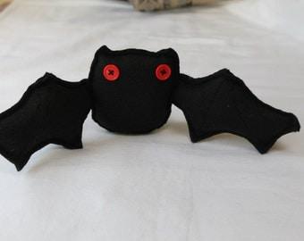 Halloween Bat, Black Bat, Table Centerpiece, Stuffed Halloween Bat, Felt Bat, Costume Assessory, Party Favors, Halloween Decor, Plush Bat
