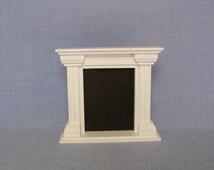 White Fireplace for 12'' dolls (Blythe, Pullip, Barbie, BJD, Momoko) / 1/6 scale Furniture Miniature