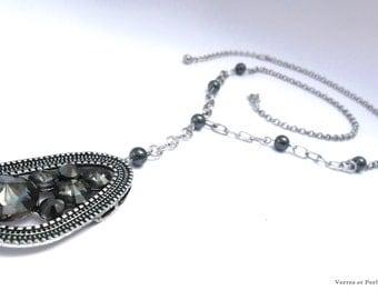 Grey rhinestone pendant necklace