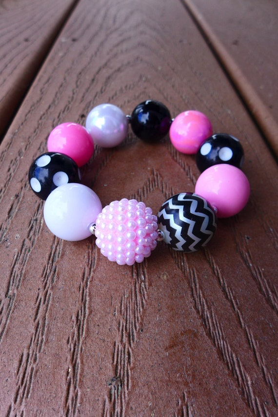 MINNIE or MICKEY Inspired Pink and Black Bubblegum Bead Chunky Bracelet (Adult Size, Regular)