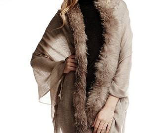 Cashmere, silk and wool shawl with real fur trim