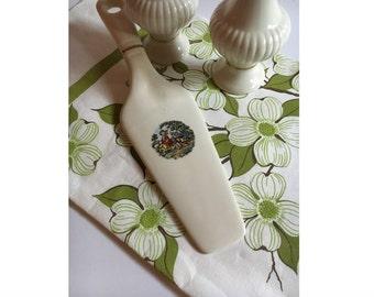 porcelain china cake pie server cream color with colonial design flatware holiday server - Pie Server