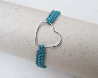 Heart macrame bracelet, heart bracelet, love bracelet