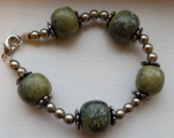 Silver Bead and Green Stone Chunky Bracelet