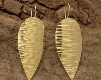 Earrings made of brass, gold plated 24k, size  cm 3x2, hand forged.