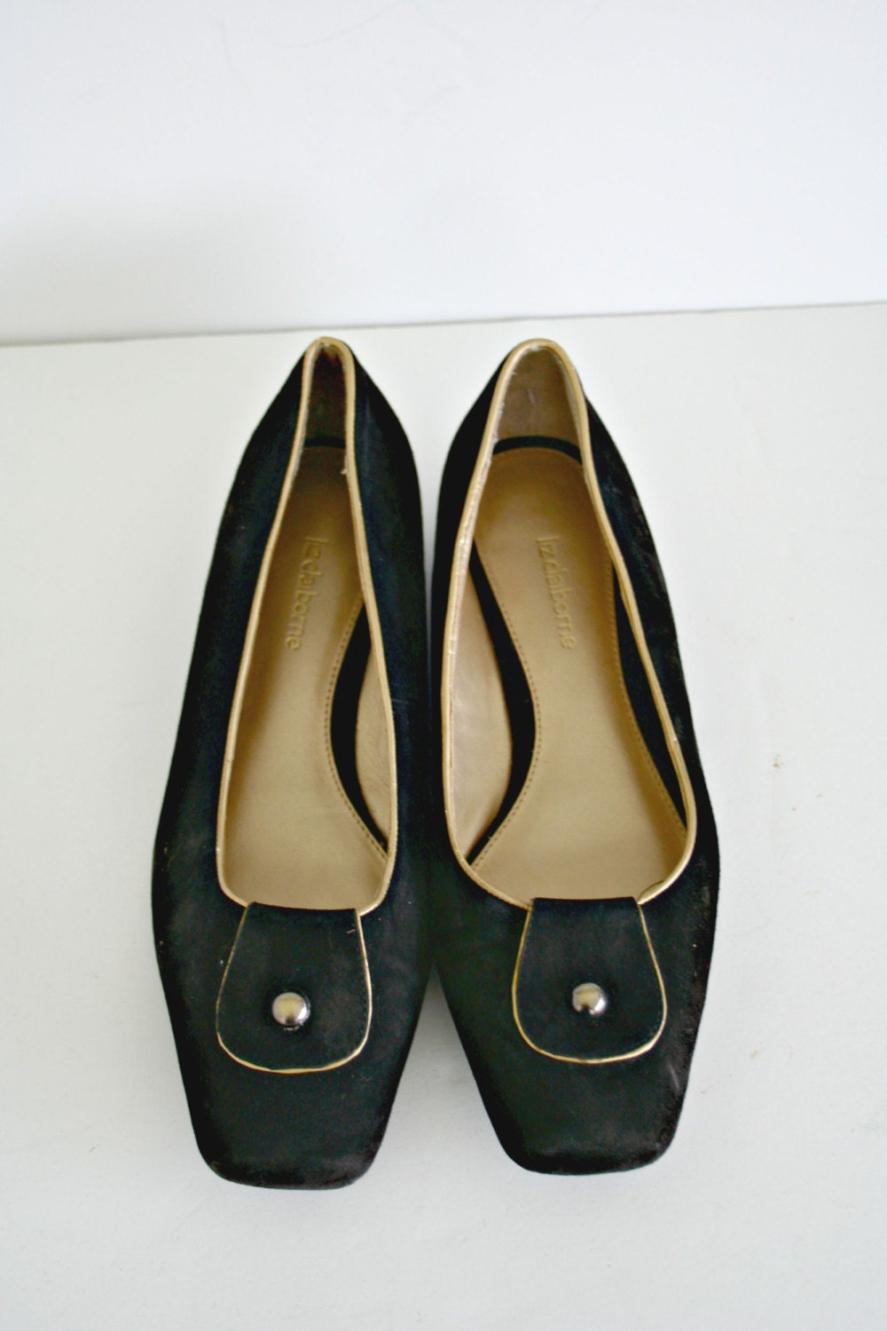 liz claiborne black suede leather shoes gold by