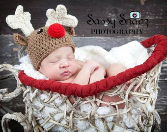 Crochet Christmas reindeer hat