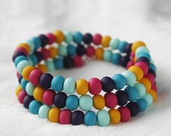 Rainbow Bracelet, Colorful Boho Beaded Bracelet, One Size Fits all Memory Wire Bracelet, Multi Strand Stacked Bracelet, Modern Jewelry