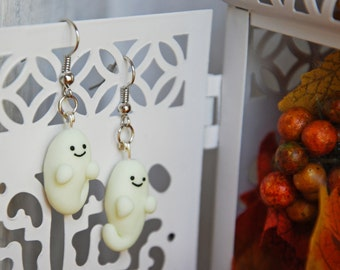 Earrings ghost kawaii, Halloween, glow earrings, autumn gem, glow in the dark, COMMISSIONED