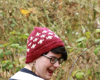 Cozy maroon and cream knitted hat