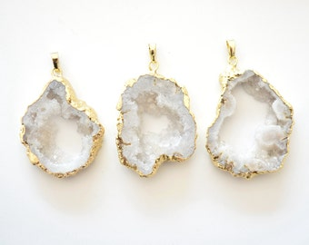 Nature White Geode Druzy pendant necklace,White Druzy Agate Pendant with Gold Electroplated Edges--  Drusy Pendant