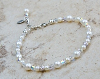 Pearl Bridal Bracelet with Freshwater Pearls and Crystal Adjustable Sterling Silver Chain with Dangle Delicate Pearl Bracelet