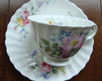 "Royal Doulton - ""Arcadia"" - English Fine Bone China - Vintage Tea Cup and Saucer"