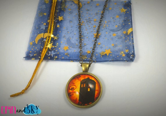 Steampunk TARDIS - FREE SHIPPING - Doctor Who Inspired Jewelry Pendant Gift - Retro Tardis Dr. Who Necklace - Sci-Fi Geek Bbc Inspired Gift