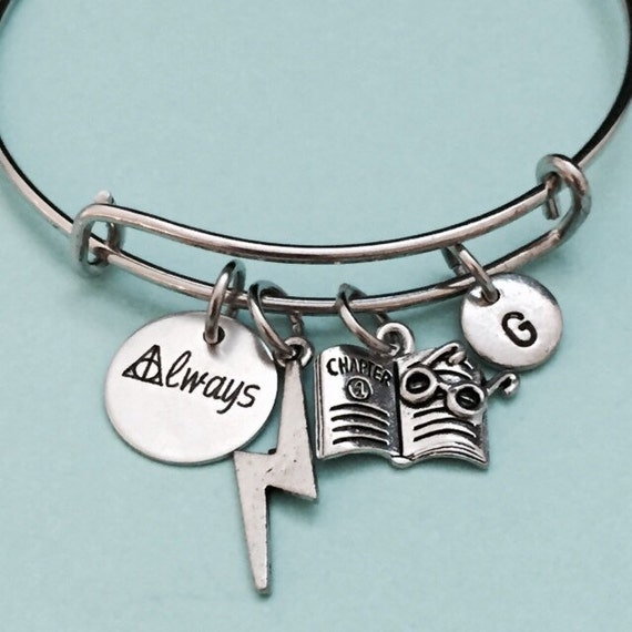 Harry Potter Charm Bracelet | Harry Potter Gift Guide