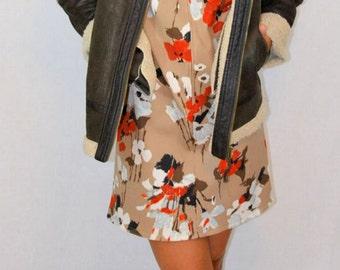 Vintage Floral Mini Dress- Mod Dress. Mod Mini. Beige Dress. Floral Pattern Dress. Mini Dress. Beige Mini Dress. Floral Mini Dress
