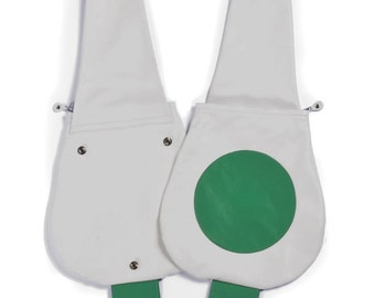 If you want to feel lighthearted start from your new bag! White. Green. Ladies, here's the green point bag.