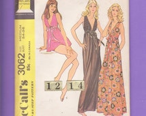 70's McCall's 3062 Size 12, 14 Easy Sexy Empire Waist, Deep V Nightgown, Lingerie Sewing pattern// Negligee, Short Nightie.  Bust 34, 36