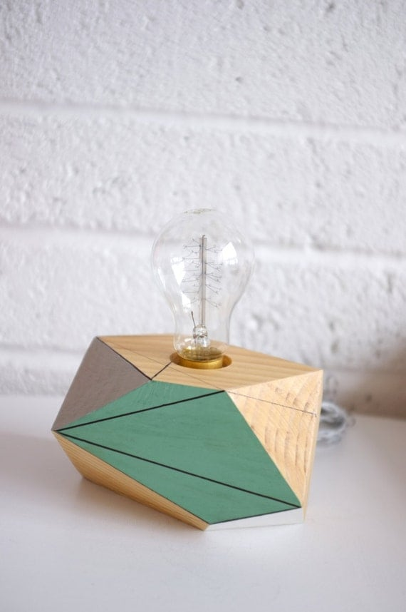 geometric lighting wooden table lamp vela by polymorphics. Black Bedroom Furniture Sets. Home Design Ideas