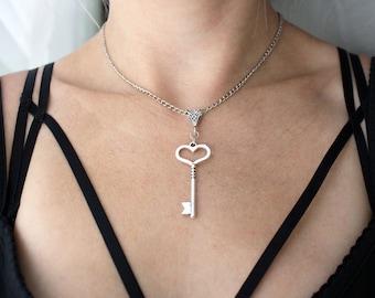 SALE!!!!  Antique Silver Heart Key Necklace - Steampunk Key Necklace -  Ornate Key Necklace, Fancy Key Pendant
