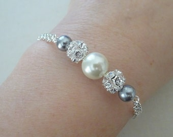 Bridesmaid Pearl and Rhinestone Bracelet, Ivory & Gray  pearl  Bracelet, Sterling Silver Chain, Bridesmaid gift  LL012B