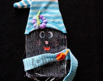 Elf finger puppet