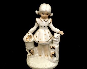 30's Girl with Squirrel Figurine                    VG1999