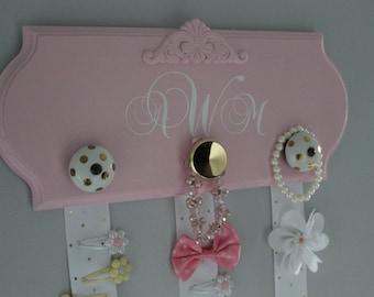 Hair bow holder, monogram hair bow organizer, headband holder, girl nursery decor, baby girl shower gift, hairbow holder, pink and gold