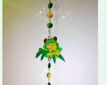 Frog ~ green tree frog ~ crystal suncatcher