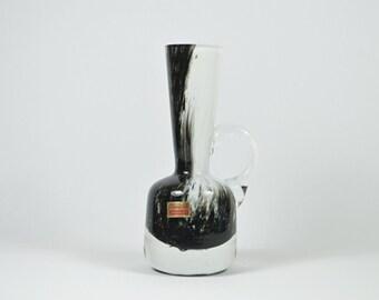 German FRIEDRICH Mundgeblasene of black and white blown glass vase