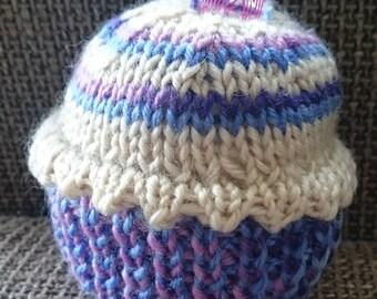 Handmade knitted cupcake toy/pincushion