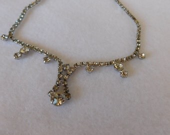 Vintage Rhinestone Necklace with Drop Rounds
