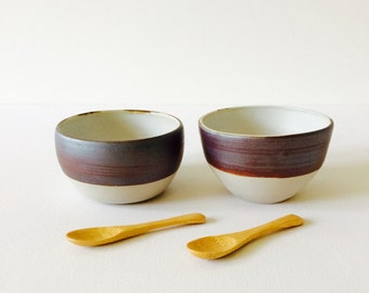 Set of 2 handmade stoneware ceramic bowls and 2 bamboo spoons #EarthandClays