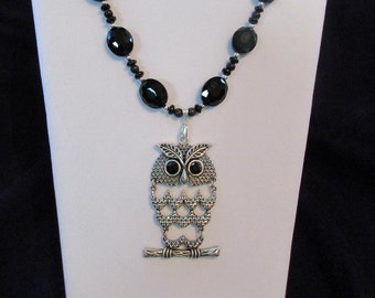 Silver Owl Necklace Set