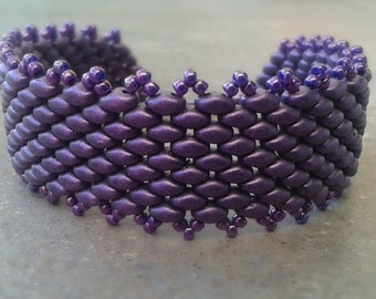Lavender Cuff Bracelet, Smooth Like Satin, Glass Beads, Metallic Suede Superduo, Beaded Bracelet, Purple Bracelet, Elegant Wrist Band