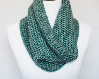 Green Crochet Cowl, Teal Neck Warmer, Sea Green Infinity Scarf