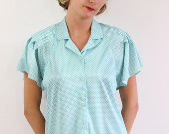 Green blouse with polka dots vintage. Size L