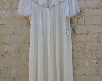 Vintage JcPenny Lace Trimmed Night Gown