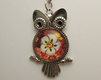Flower Owl Necklace, Glass Owl Necklace, Owl Photo Pendant, Owl Jewelry, Glass Flower Pendant, Flower Necklace, Flower Jewelry, Gift for Her