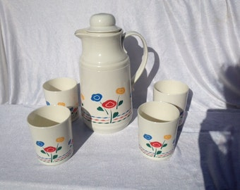 Thermos With 4 Cups Mugs Flower Design Seventies 1970's