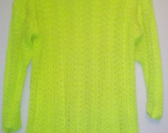 yellow blouse knitted by hand pattern