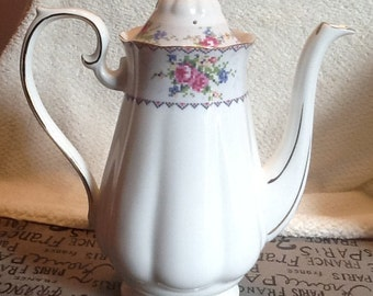 Quite vintage (c. mid-1930s) Royal Albert Petit Point coffee pot with lid. Gold edge & accents. Made in England. MINT! Appears unused.