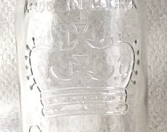 Quite vintage (c.1930s) CROWN Mason canning jar (no lid).  Made in Canada.  MINT! condition.
