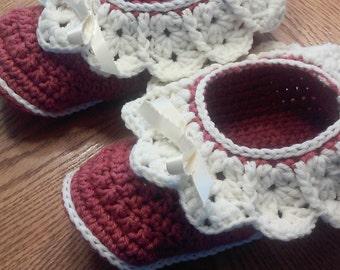 Crocheted Slippers, Womens Slippers , Footwear, Lacy Slippers, Socks, Slippers,