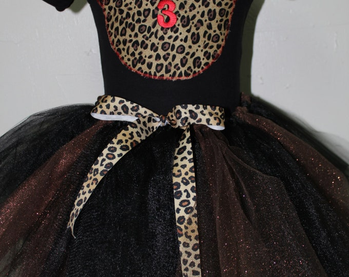Minnie Mouse 1st, 2nd, 3rd, 4th, 5th, 6th birthday outfit, Minnie Mouse Animal print girl birthday outfit, Animal Kingdom outfit, Black tutu