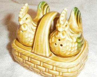 1960s REDUCED Chicks in a basket salt and pepper shakers