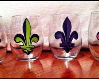 Fleur De Lis Hand Painted Wine Glasses - Fleur De Lis - Hand Painted - Unique Gift